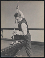 0163876 © Granger - Historical Picture ArchiveWILLIE HOPPE (1887-1959).   American billiards player. Photograph, c1909.