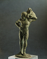 0273602 © Granger - Historical Picture ArchiveARCHAEOLOGY.   Etruscan civilization. Bronze figurine of Ethiopian man with wineskin. From Marzabotto, Bologna province, Italy. Full Credit: DEA / A. DE GREGORIO / Granger, NYC -- All Rights Reserved.