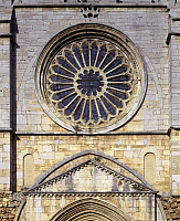 0283600 © Granger - Historical Picture ArchiveART & ARCHITECTURE.   Italy - Lazio region - Latina province - Priverno. Cistercian Abbey of Fossanova, 12th century. Facade of the Church dedicated to Saint Mary and Saint Stephen. Detail, rose window. Full Credit: DEA / L. ROMANO / Granger, NYC -- All Rights Reserved.