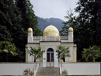 0283966 © Granger - Historical Picture ArchiveART & ARCHITECTURE.   Moorish kiosk, Linderhof Palace (Schloss Linderhof), near Oberammergau, rebuilt by Ludwig II. Germany, 19th century. Full Credit: DEA / A. DAGLI ORTI / Granger, NYC -- All Rights Reserved.