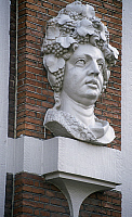 0286893 © Granger - Historical Picture ArchiveART & ARCHITECTURE.   Decorative detail from the House with the Heads, 1622, by architect Pieter de Keyser, Keizersgracht (Emperor's Canal), Amsterdam, The Netherlands. Full Credit: DEA / S. VANNINI / Granger, NYC -- All rights reserved.
