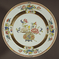 0289454 © Granger - Historical Picture ArchiveASIAN ART.   Famille rose (pink family) ceramic plate, 1740-1750, 28 cm diameter, China. Chinese Civilisation, Qing dynasty, Qianlong reign, 18th century. Full Credit: DEA / A. DAGLI ORTI / Granger, NYC -- All rights reserved.
