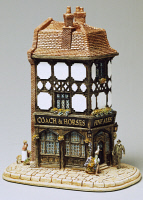 0334833 © Granger - Historical Picture ArchiveDECORATIVE ARTS.   Coach and Horses, miniature, ceramic, Lilliput Lane manufacture, Carlisle, Cumbria. England, 20th century. Full credit: De Agostini / G. Cigolini / Granger, NYC -- All Rights Reserved.