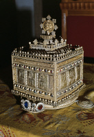 0337843 © Granger - Historical Picture ArchiveDECORATIVE ARTS.   Theodore's golden crown, finding from Tigrai, Aksum, Ethiopia. Full credit: De Agostini Picture Library / Granger, NYC -- All rights reserved.