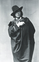 0346703 © Granger - Historical Picture ArchiveLITERATURE & THE ARTS.   Oscar Wilde (1854-1900) Irish writer, in New York in January 1882. Full credit: De Agostini Picture Library / Granger, NYC -- All rights reserved.