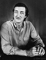 0164291 © Granger - Historical Picture ArchiveJULIAN BARNES (1946-).   Writer Zurich Switzerland 1987. Photographed by Horst Tappe.