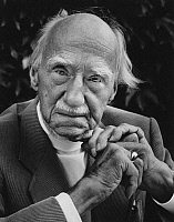 0164911 © Granger - Historical Picture ArchiveHANS LEIP (1893-1983).   Writer Fruthwilen Switzerland 1978. Photographed by Horst Tappe.
