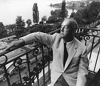 0165059 © Granger - Historical Picture ArchiveVLADIMIR NABOKOV (1899-1977).   Writer Montreux Switzerland 1965. Photographed by Horst Tappe.