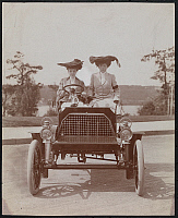 0166087 © Granger - Historical Picture ArchiveFRANKLIN ROADSTER.   Two women seated in a 1902 Franklin roadster on Riverside Drive, New York City. Photograph, 1903.