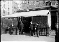 0166393 © Granger - Historical Picture ArchiveWEINER CAFE HOUSE.   Fritz Freedman's Cafe Central, Weiner Cafe House, 5th Street and 2nd Avenue, New York City. Photograph, c1870-1890.