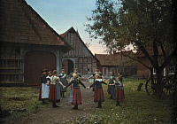 0254934 © Granger - Historical Picture ArchiveLAUENBURG, NEAR BUCKEBURG, SCHAUMBURG-LIPPE, GERMANY.   A group of school children in a circle play outside in a group game. Hans Hildenbrand.