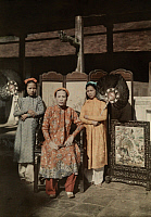 0255233 © Granger - Historical Picture ArchiveHUE, ANNAM, FRENCH INDOCHINA.   A royal princess of Hue dressed in her royal robes. W. Robert Moore.