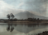 0255303 © Granger - Historical Picture ArchiveNEAR TOKYO, FUIJIYAMA, JAPAN.   A distant view of Mount Fuji. Franklin Price Knott.