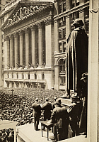 0256308 © Granger - Historical Picture ArchiveNEW YORK CITY, NEW YORK, USA.   A crowd gathers in front of the New York City Stock Exchange building. Brown Brothers.