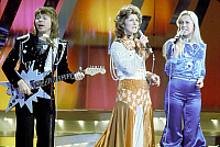0133834 © Granger - Historical Picture ArchiveABBA 1974.   pop band Abba (Agnetha Faltskog, AnniFrid Lyngstad , Benny Andersson) on stage in 1974. Full credit: AGIP - Rue des Archives / Granger, NYC -- All rights reserved.