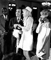 0137702 © Granger - Historical Picture ArchiveCHARLES AZNAVOUR AND ULLA THORSELL.   Wedding of Charles Aznavour and Ulla Thorsell (his 3rd wife) at Flamingo hotel in Las Vegas with Sammy Davis and Petula Clark as witnesses, january 11, 1967. Full credit: AGIP - Rue des Archives / Granger, NYC -- All Rights Reserved.
