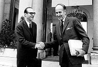 0143743 © Granger - Historical Picture ArchiveGISCARD AND CHIRAC.   Valery Giscard D'Estaing (french minister of Economy) shaking hands with poignee de main serrer handshake ministre francais french minister Jacques Chirac (Minister of Agriculture) march 21, 1973. Full credit: AGIP - Rue des Archives / Granger, NYC -- All rights reserved.