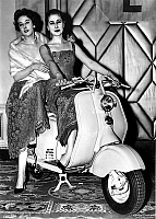 0147735 © Granger - Historical Picture ArchiveJEUNES FEMMES SUR UN SCOOTER.   Young women on a Lambretta scooter. Full credit: AGIP - Rue des Archives / Granger, NYC -- All Rights Reserved.