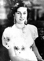 0149107 © Granger - Historical Picture ArchiveLA PRINCESSE FAWZIA BINT FUAD.   princess Fawzia bint Fuad (b1921) now Fawzia Shirin, eldest daughter of sultan Fuad of Egypt, sister of king Faruk, she married in 1939 chah of Iran, mother of princess Shahnaz, divorced in1948, here in 1939. Full credit: AGIP - Rue des Archives / Granger, NYC -- All Rights Reserved.