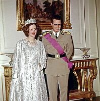 0149182 © Granger - Historical Picture ArchiveLA REINE FABIOLA AND THE ROI BAUDOUIN.   The royal couple of Belgium, the queen Fabiola, born Dona Fabiola of Mora y Aragon and the king Baudoin Ist, during a reception on december 17th, 1963. Full credit: AGIP - Rue des Archives / Granger, NYC -- All Rights Reserved.