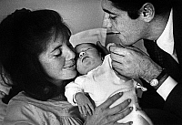 0159942 © Granger - Historical Picture ArchiveSACHA DISTEL AND SA FEMME FRANCINE.   Sacha Distel and his wife Francine and their son born on october 23, 1964. Full credit: AGIP - Rue des Archives / Granger, NYC -- All rights r