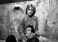 0168163 © Granger - Historical Picture ArchiveSI LOIN SI PROCHE.   Faraway, So Close! by WimWenders withNastassja Kinski in 1993. Full credit: CSFF - Rue des Archives / Granger, NYC -- All rights reserved.
