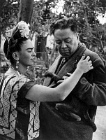 0085101 © Granger - Historical Picture ArchiveKAHLO AND RIVERA, 1945.   Frida Kahlo (1907-1954) and Diego Rivera (1886-1957). Mexican artists. Photograph, 1945.