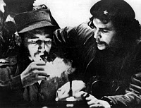 0086916 © Granger - Historical Picture ArchiveCASTRO AND CHE GUEVARA.   Fidel Castro and Ernesto 'Che' Guevara at the conclusion of the Cuban Revolutio. Photograph by Roberto Salas, January 1959. THIRD-PARTY CLEARANCE REQUIRED.