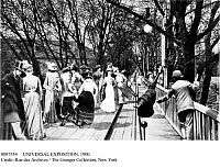 0087354 © Granger - Historical Picture ArchiveUNIVERSAL EXPOSITION, 1900.   Footbridge and rolling sidewalk at the International Exposition in Paris, France, 1900.