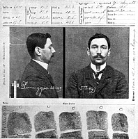 0105819 © Granger - Historical Picture ArchiveVINCENZO PERUGGIA, 1911.   Mugshot and fingerprints of Vincenzo Peruggia, an Italian painter who stole the Mona Lisa from the Louvre museum in Paris on 21 August 1911.