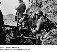 0115686 © Granger - Historical Picture ArchiveWORLD WAR I: VERDUN, 1916.   French soldiers loading a machine gun at Fort Vaux during the Battle of Verdun, 1916.