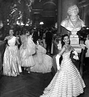 0135815 © Granger - Historical Picture ArchiveBAL A VERSAILLES.   Ball in Versailles castle on may 29, 1952 : foreground model Lucie Daouphars called Lucky, behind her models Freddy, Capucine et Stella. Full credit: AGIP - Rue des Archives / Granger, NYC -- All rights reserved.