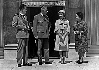0136121 © Granger - Historical Picture ArchiveBAUDOUIN AND FABIOLA OF BELGIQUE IN FRANCE.   King Baudouin 1st of Belgium, french president Charles de Gaulle, queen Fabiola, Mrs Yvonne de Gaulle at Elysee palace, Paris, may 24, 1961. Full credit: AGIP - Rue des Archives / Granger, NYC -- All Rights Reserved.