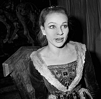 0138209 © Granger - Historical Picture ArchiveCHRISTINE FERSEN.   French comedian Christine Fersen during rehearsal of play La reine morte by HenryDeMontherlant on september 23, 1966. Full credit: AGIP - Rue des Archives / Granger, NYC -- All Rights Reserved.