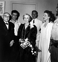 0138607 © Granger - Historical Picture ArchiveCLAUDEL, BARRAULT, FEUILLERE AND ELISABETH OF BELGIQUE, 1948.   Writer Paul Claudel with his actors Jean Louis Barrault and Edwige Feuillere , congratulated by Elizabeth of Wittelsbach (former queen of Belgium and former duchess of Bavaria) after premiere of play Partage de midi december 17, 1948 in Paris. Full credit: AGIP - Rue des Archives / The Grange
