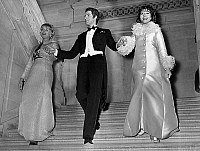0139894 © Granger - Historical Picture ArchiveDENISE FABRE, JACQUES CHAZOT AND JACQUELINE HUET.   Denise Fabre and Jacqueline Huet going down the hotel des Monnaies stairs (Paris) with Jacques Chazot on december 9, 1967. Full credit: AGIP - Rue des Archives / Granger, NYC -- All rights