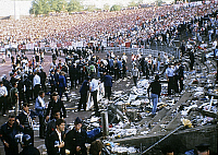 0140238 © Granger - Historical Picture ArchiveDRAME DU HEYSEL.   The Heysel Stadium disaster occurred due to football hooliganism in which a retaining wall of the Heysel Stadium in Brussels collapsed on May 29, 1985 during a football match between Liverpool F.C. from England and Juventus F.C. from Italy. Full credit: AGIP - Rue des Archives / Granger, NYC -- All Rights Reserved.
