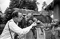0141412 © Granger - Historical Picture ArchiveFAMINE AU BIAFRA.   Children suffering from starvation during war of Biafra july 3, 1968. Full credit: AGIP - Rue des Archives / Granger, NYC -- All rights reserved.
