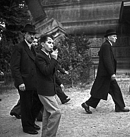 0141532 © Granger - Historical Picture ArchiveFAYCAL II D'IRAK A PARIS.   young king Faycal II of Iraq (1935-1958, king in 1939-1958) visiting Paris in 1949. Full credit: AGIP - Rue des Archives / Granger, NYC -- All rights re