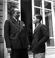 0141533 © Granger - Historical Picture ArchiveFAYCAL II D'IRAK A PARIS.   young king Faycal II of Iraq (1935-1958, king in 1939-1958) visiting Paris in 1949. Full credit: AGIP - Rue des Archives / Granger, NYC -- All rights re