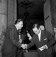0141553 © Granger - Historical Picture ArchiveFEDERICO FELLINI AND EDMOND RAMONET.   On july 4, 1958 in Paris, prize giving ceremony (Victoires du cinema) : Edmond Ramonet (french minister of industry) giving prize to Federico Fellini. Full credit: AGIP - Rue des Archives / Granger, NYC -- All Rights Reserved.