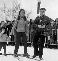 0141953 © Granger - Historical Picture ArchiveFRANCINE BREAUD AND JACQUES MARTIN.   Francine Breaud, ski champion and Jacques Martin in Megeve on january 13, 1969. Full credit: AGIP - Rue des Archives / Granger, NYC -- All rig