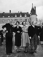0142506 © Granger - Historical Picture ArchiveFREDERIC IX AND VINCENT AURIOL.   Travel in France on danish sovereigns : here in Rambouillet king Frederic IX of Denmark, his wife queen Ingrid, Mrs Auriol (Michelle Aucouturier) and Vincent Auriol on november 30, 1950. Full credit: AGIP - Rue des Archives / Granger, NYC -- All rights reserved.