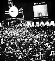 0142564 © Granger - Historical Picture ArchiveFRIENDSHIP VII.   5000 people watching on huge screens in New York the launching of astronaut John Glenn aboard Friendship VII at Cap Canaveral in Florida february 20, 1962 (Mercury project). Full credit: AGIP - Rue des Archives / Granger, NYC -- All Rights Reserved.