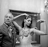 0142925 © Granger - Historical Picture ArchiveGEORGE BALANCHINE AND SUZANNE FARRELL.   George Balanchine and dancer Suzanne Farrell wearing Van Cleef and Arpels jewelry for Balanchine's ballet Jewels september 24, 1976 in Paris. Full credit: AGIP - Rue des Archives / Granger, NYC -- All Rights Reserved.