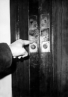 0143047 © Granger - Historical Picture ArchiveGEORGES FIGON.   Seals affixed on the door of the apartment where criminal Georges Figon was found dead in Paris on 18 January 1966. Full credit: AGIP - Rue des Archives / Granger, NYC -- All Rights Reserved.