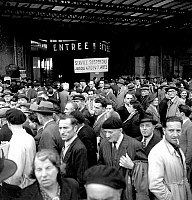 0144027 © Granger - Historical Picture ArchiveGREVE OF CHEMINS OF FER.   railway strike in France june 08, 1947. Full credit: AGIP - Rue des Archives / Granger, NYC -- All Rights Reserved.