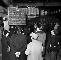 0144028 © Granger - Historical Picture ArchiveGREVE OF CHEMINS OF FER.   Railway strike in France 1947. Full credit: AGIP - Rue des Archives / Granger, NYC -- All rig