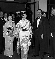 0144889 © Granger - Historical Picture ArchiveHITOMI HOZEO AND ROBERT FAVRE THE BRET.   Hitomi Hozeo, japonese actress and Robert Favre Le Bret at Cannes film Festival, May 2, 1959. Full credit: AGIP - Rue des Archives / Granger, NYC -- All Rights Reserved.