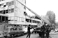0145164 © Granger - Historical Picture ArchiveINCENDIE DU COLLEGE PAILLERON.   firemen firefighters using big ladder during the tragic fire in a school in Paris France which caused 19 dead people and 4 missing people february 7, 1973. Full credit: AGIP - Rue des Archives / Granger, NYC -- All Rights Reserved.